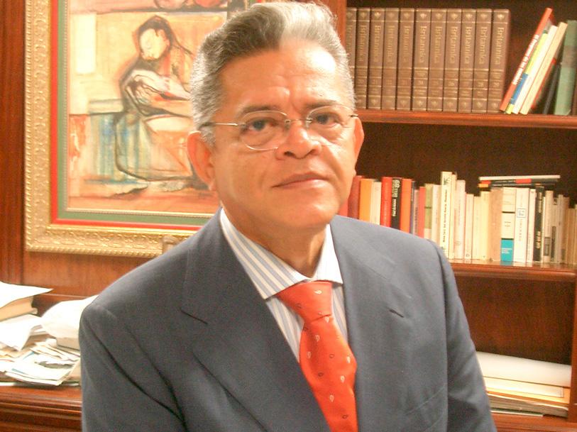Dr. juan A. Medrano V.
