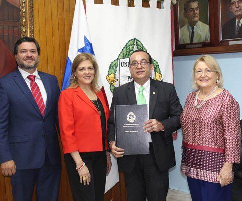 Convenio con Universidad de Panamá